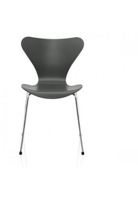7 Series chair, Fritz Hansen, nine grey lacquered