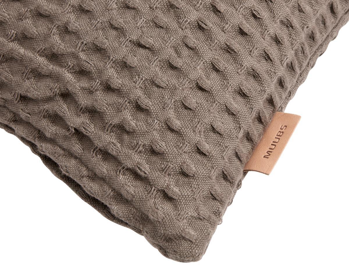 Brown comfort muubs
